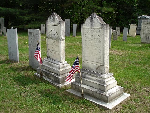 Cimetière de Johnson  /  Johnson's cemetery -   Vermont .  USA /  États-Unis.  23 mai 2009