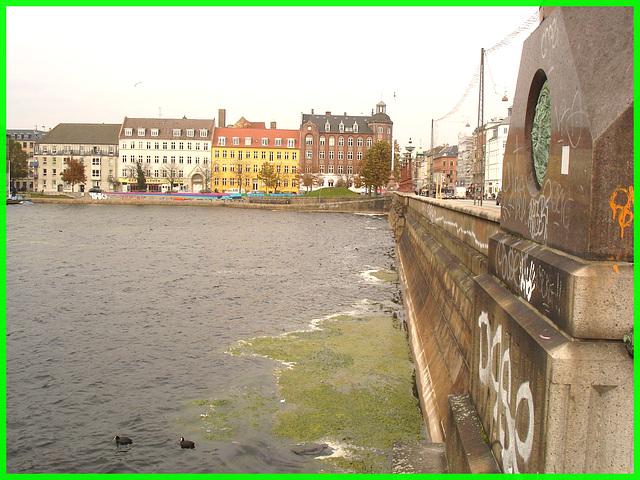 Pont menant au cimetière /  Copenhague - 20-10-2008.