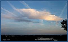 Suspendu entre ciel et eau - P1000047b