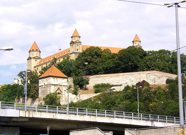 2004-08-17 02 SAT, kastelo Bratislavo-Pressburg