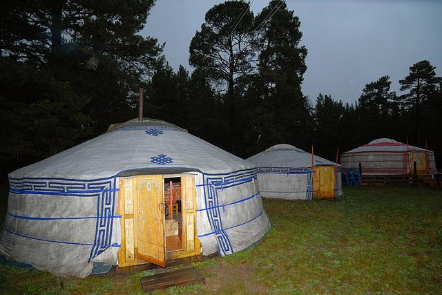 Ger camp Gurvan Noor in Dadal