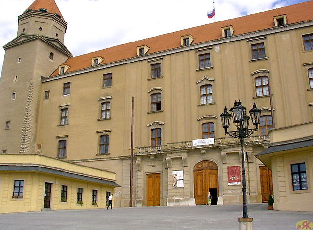 2004-08-17 09 SAT, en kastelo Bratislavo
