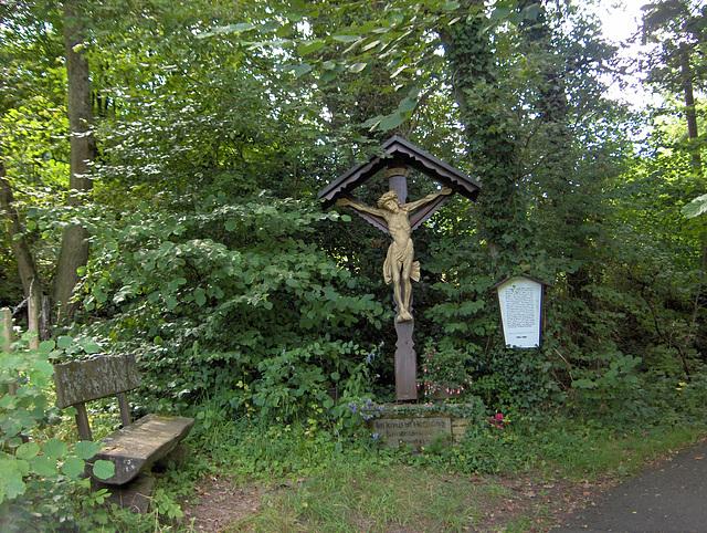 Monumento pri 500-jariĝo de la monaĥejo de la Ordeno de la Sankta Kruco I