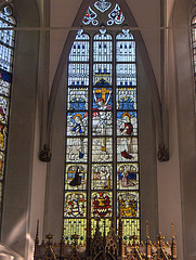 Centra altareja fenestro