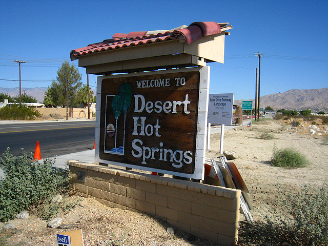 Welcome to Desert Hot Springs sign - Palm Drive & Camino Aventura (4437)