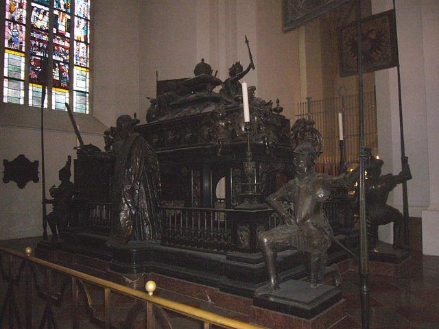 München - Frauenkirche - Kenotaph