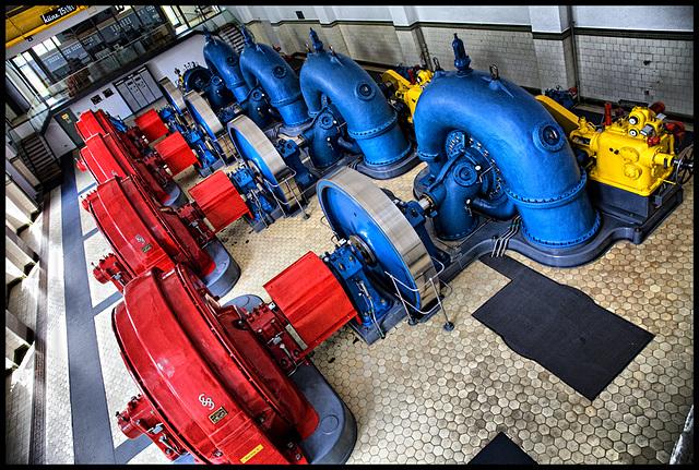 Kraftwerk Andelsbuch - blue turbines - red generators