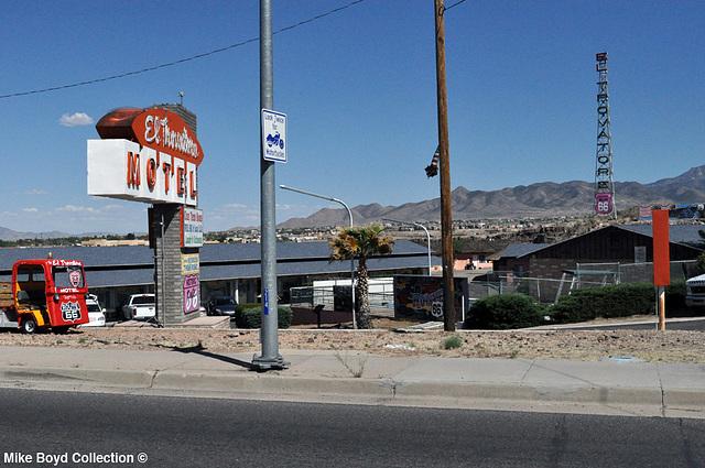 AZ motel el travatore kingman 04'14