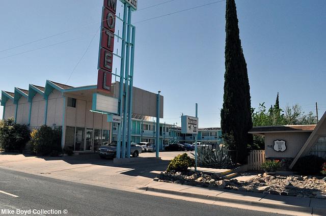 AZ motel orchard inn kingman 04'14