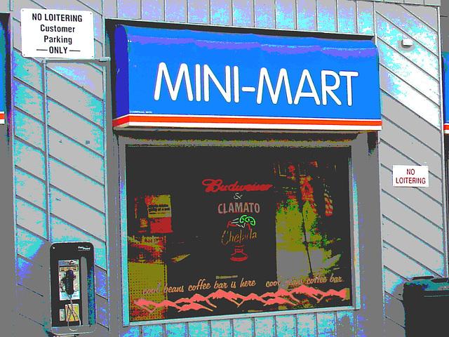 Scène de Mini-Mart /  Mini-Mart entrance.  Newport, Vermont   USA / États-Unis.  23 mai 2009 - Postérisation et couleurs ravivées.