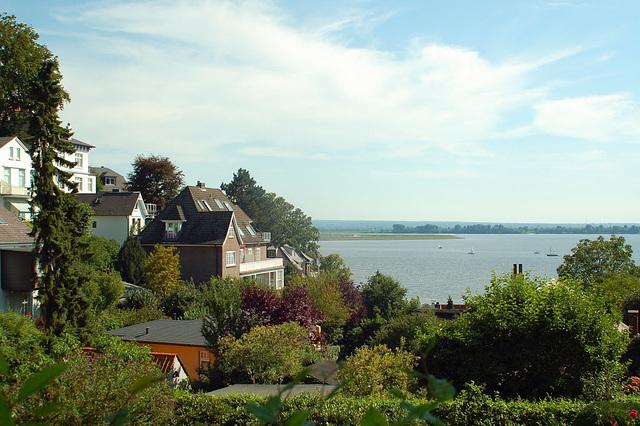 entlang der Elbe160