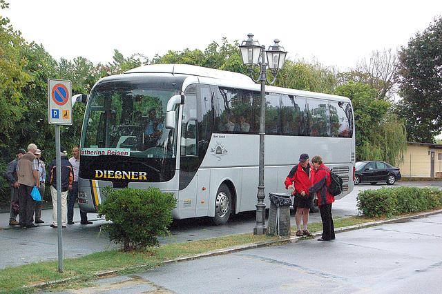 Dießner-buso en la servo de Catherina-Vojaĝoj - Dießner-Bus im Dienste von Catherina - Reisen