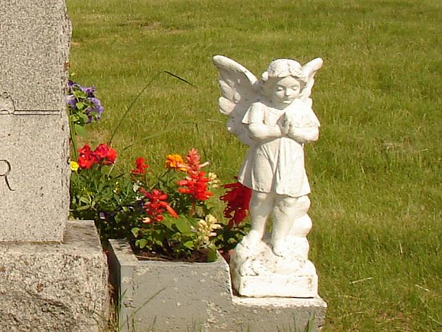 Cimetière St-Charles / St-Charles cemetery - Ange à Grenier