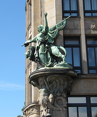 Skulptur am Seefahrerhaus