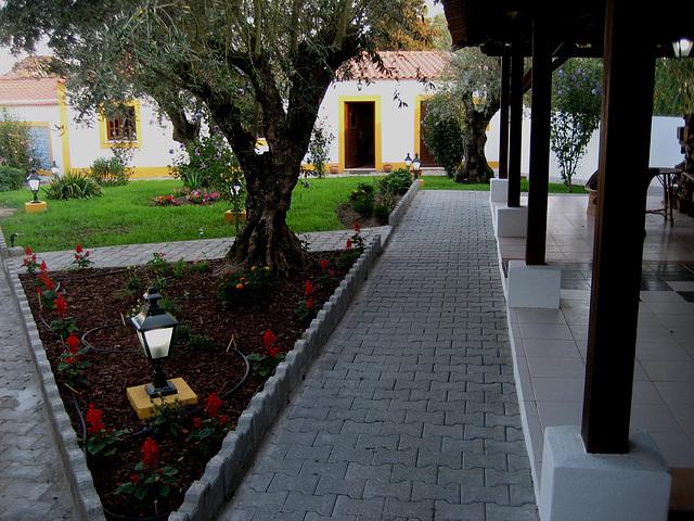 A-dos-Ruivos, country house, garden (4)