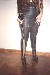 Mistress Roxy  - Désirs de domination / Domination desires - Avec permission