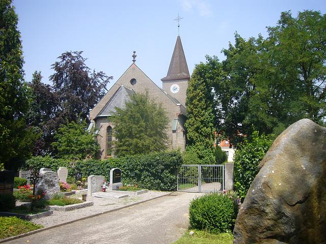 Evangelisch-lutherische Segenskirche - Heimatort