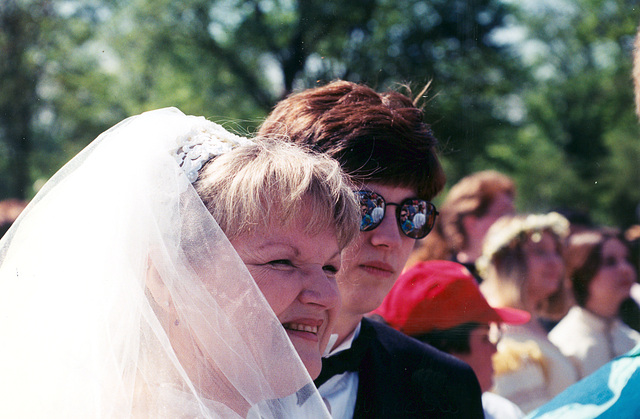 01.18.MMOW.Wedding.29April2000