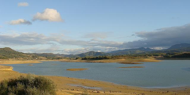 Lac de Montbel (09) Ariège - France.