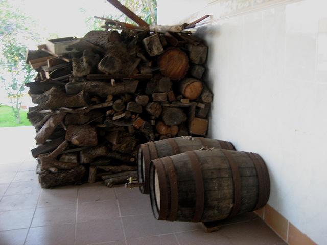A-dos-Ruivos, country house, fireplace preparedness