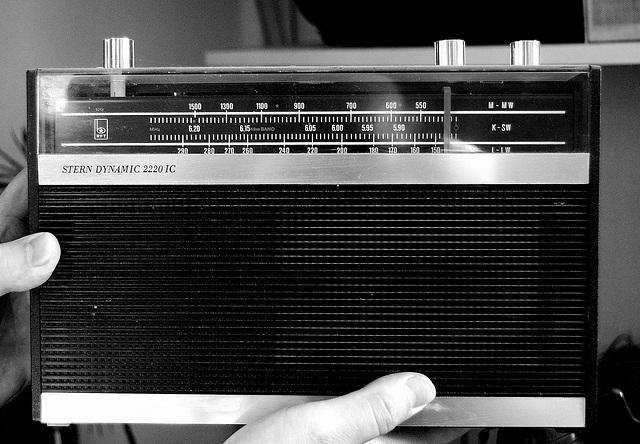 STERN DYNAMIC 2220 1C - radioaparato el GDR