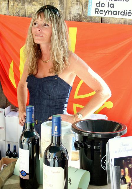 Stand de dégustation  de vins de Faugères