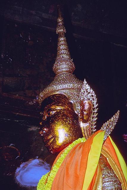 Buddha inside Wat Phnom