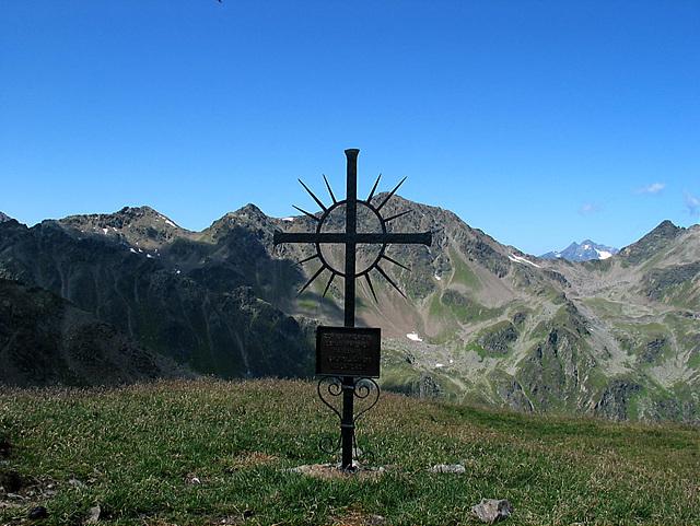 Gedenkkreuz auf dem Hinteren Sattelkopf