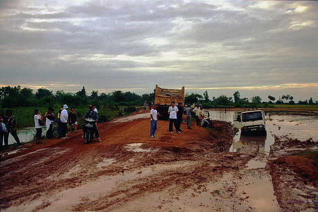 Highway condition on the way to Phnom Penh