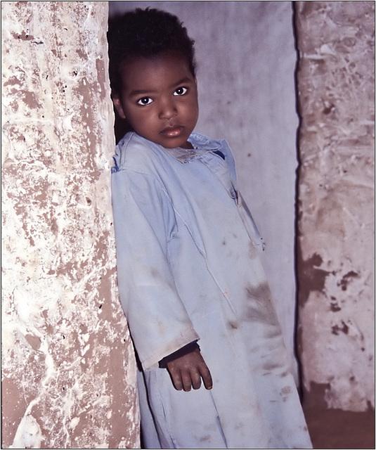 regard d'enfant : Algérie  2002