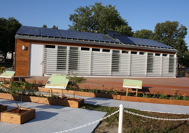 22.SolarDecathlon.NationalMall.WDC.9October2009