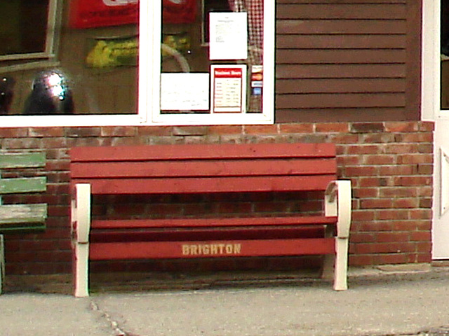Brighton bench /   Vermont. USA.  23 mai 2009