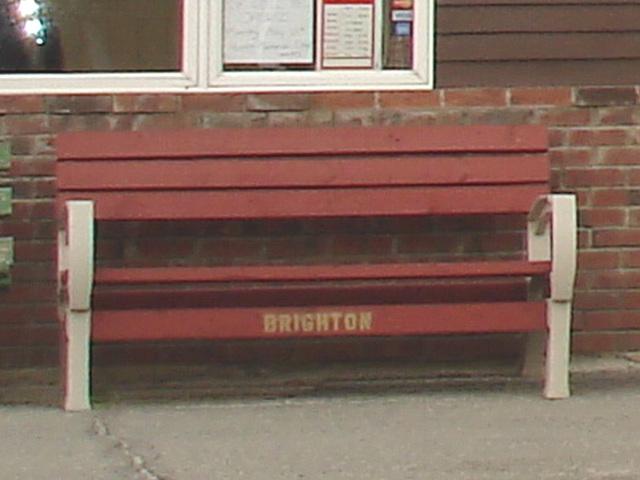 Brighton bench /   Vermont. USA.  23 mai 2009