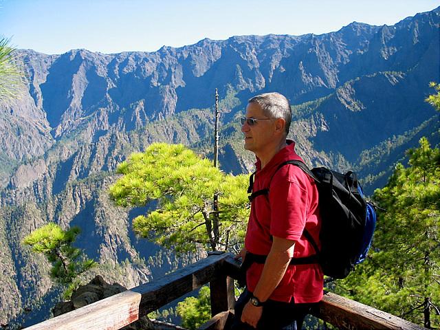 auf der Aussichtsplattform in der Caldera de Taburiente - La Palma
