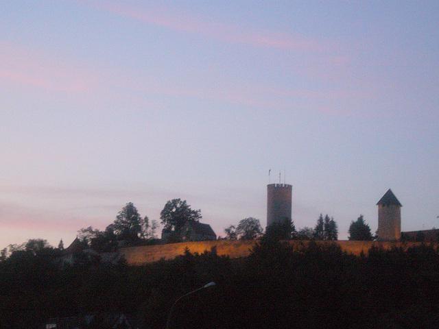 Burg im Abendlicht