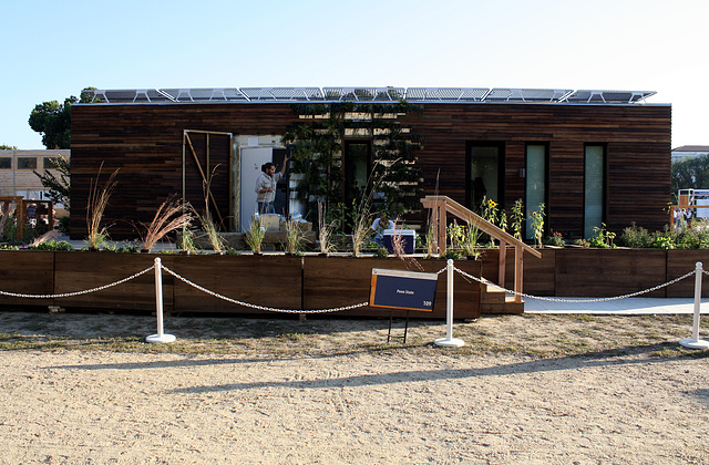 107.SolarDecathlon.NationalMall.WDC.9October2009