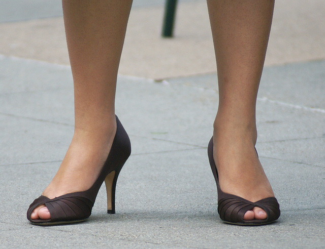 street shot: high heels at a street party (F)