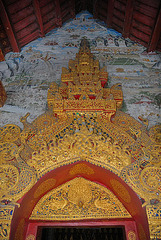 The entrance door into the Wat Pa Phai