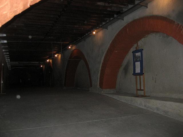 High School of Camões, basement