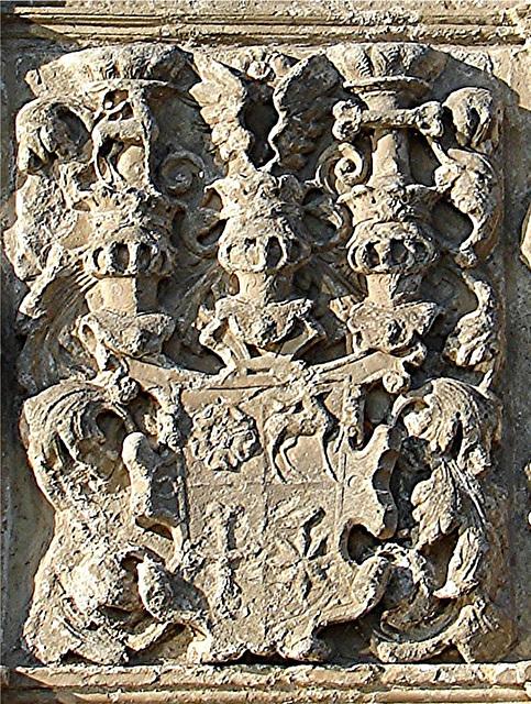 20051013 067DSCw [D-HM] Wappen am Schlosstor, Bad Pyrmont