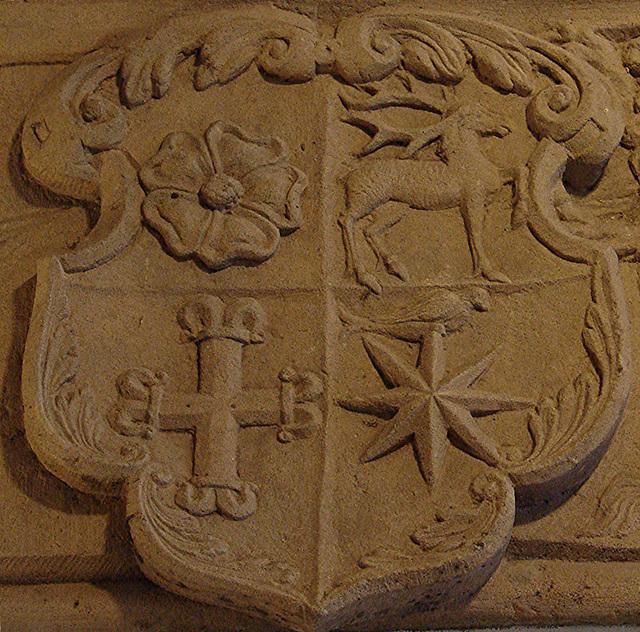 20051013 068DSCw [D-HM] Wappen, Bad Pyrmont
