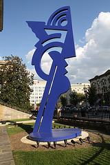 02.ModernHead.RoyLichtenstein.9F.NW.WDC.5September2009