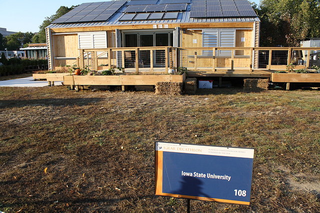 156.SolarDecathlon.NationalMall.WDC.9October2009