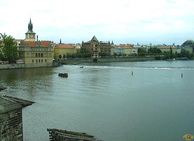 2007-09-03 10 Prago