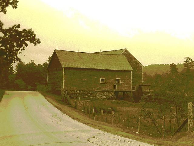 Lake Bomoseen private cemetery. Sur la 4 au tournant de la 30. Vermont, USA - États-Unis. -  Sepia postérisé