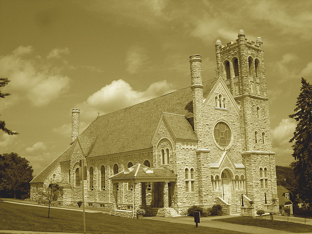St-Mary's Assumption church. Middleburg. Vermont - USA /  25 juillet 2009 - Sepia