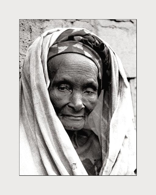 Poverty - Age- Dignity    : le Sénégal