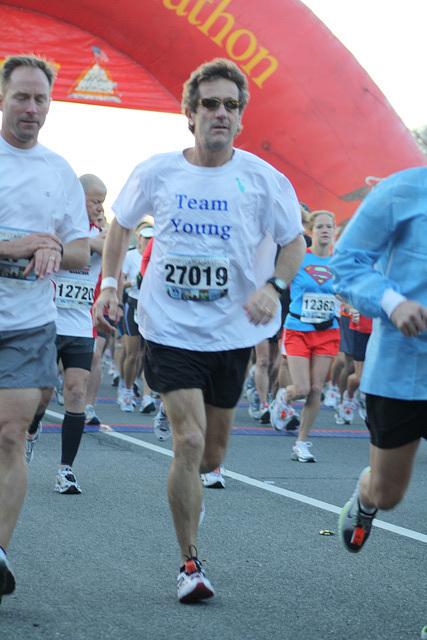 20.MCM34.RunnersStart.Route110.Arlington.VA.25October2009