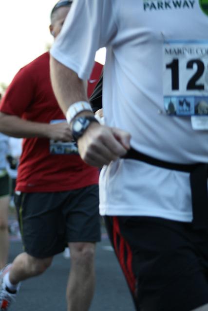 21.MCM34.RunnersStart.Route110.Arlington.VA.25October2009
