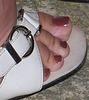 MILF toes